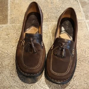 Born women's size 8.5 slip on loafers